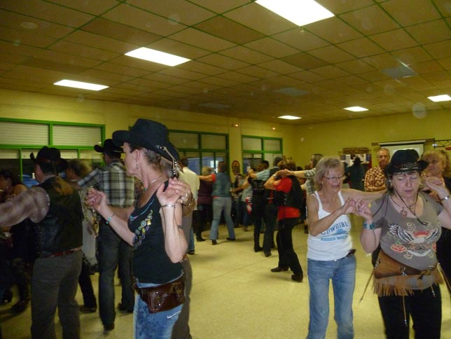 Dance country Gard, les Papillons de Leins